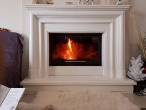 10 Modern Electric Fireplaces With Mantels
