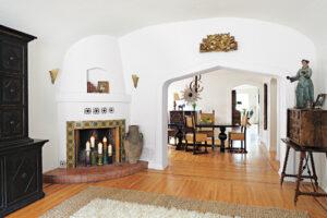 10 Cool-Looking Corner Fireplace Mantel Ideas